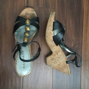 Rampage neutral wedges size 9